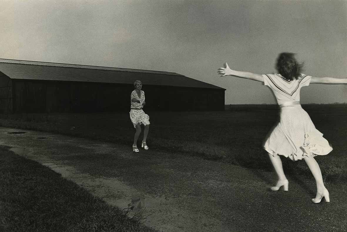 52 Insights Chlo 233 Opens Guy Bourdin Exhibition